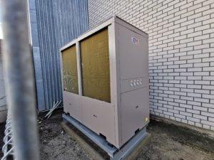 Теплой насос EVIPOWER обеспечивает  тепло и охлаждение площадь 2000 м2